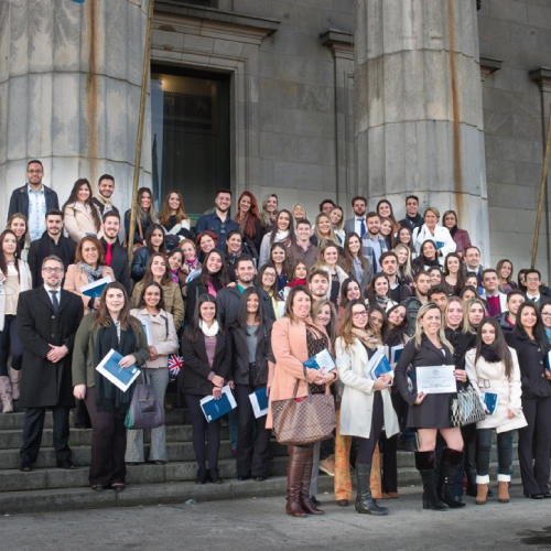 Professores e alunos da FDSM participam de seminário em Buenos Aires.