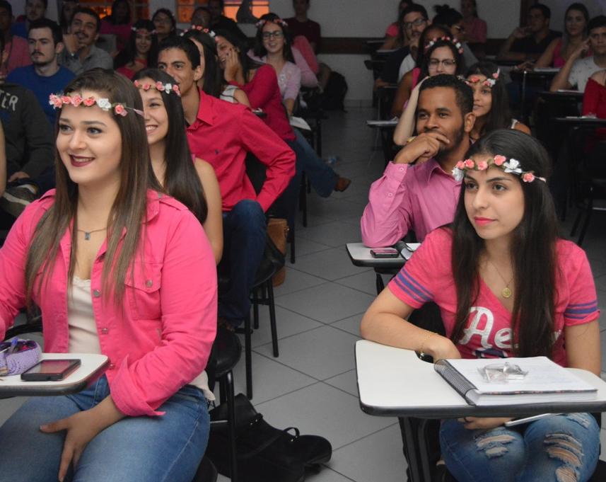 Noticia 3305 - FDSM HOMENAGEIA ALUNAS E COLABORADORAS PELO DIA INTERNACIONAL DA MULHER