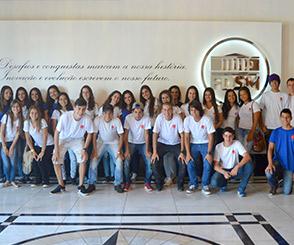 Noticia 2789 - FDSM RECEBE VISITA DE COLÉGIO TECNOLÓGICO DELFIM MOREIRA, DE SRS