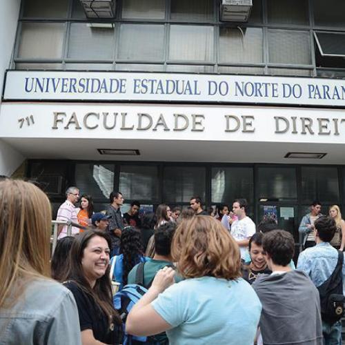 Noticia 3733 - MESTRADO DA FDSM FIRMA CONVÊNIO COM A UNIVERSIDADE ESTADUAL DO NORTE DO PARANÁ