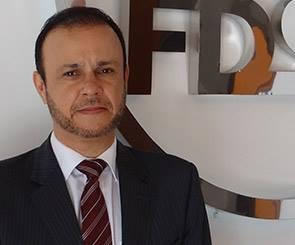 Noticia 2384 - PROFESSOR DA FDSM PARTICIPA DE LIVRO SOBRE DIREITOS HUMANOS E O MEIO AMBIENTE